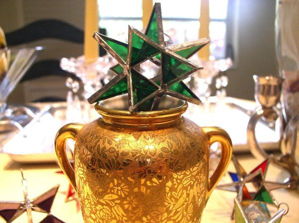 "Stained Glass Emerald Moravian Star Favor.  Designed to either hang or stand. Size: 2.5"" (point to..."