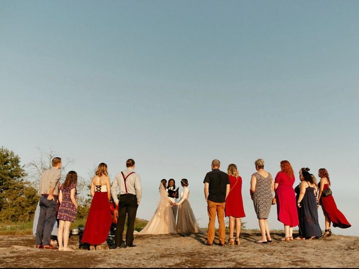 Tmx Img 7002 51 767325 1557723447 Riverdale wedding officiant