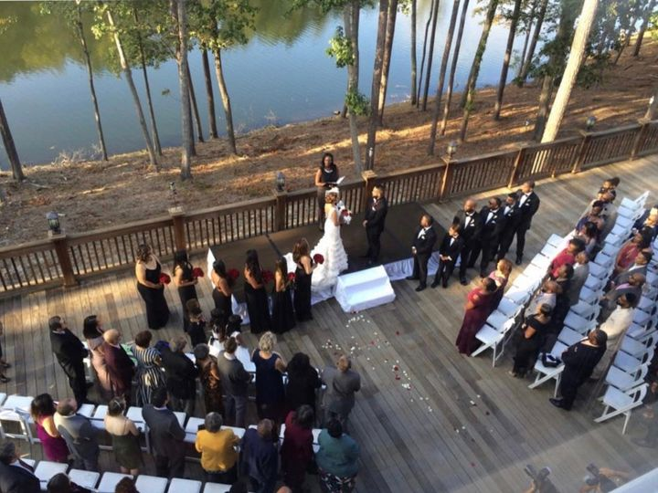 Tmx Img 8547 51 767325 1571340179 Riverdale wedding officiant