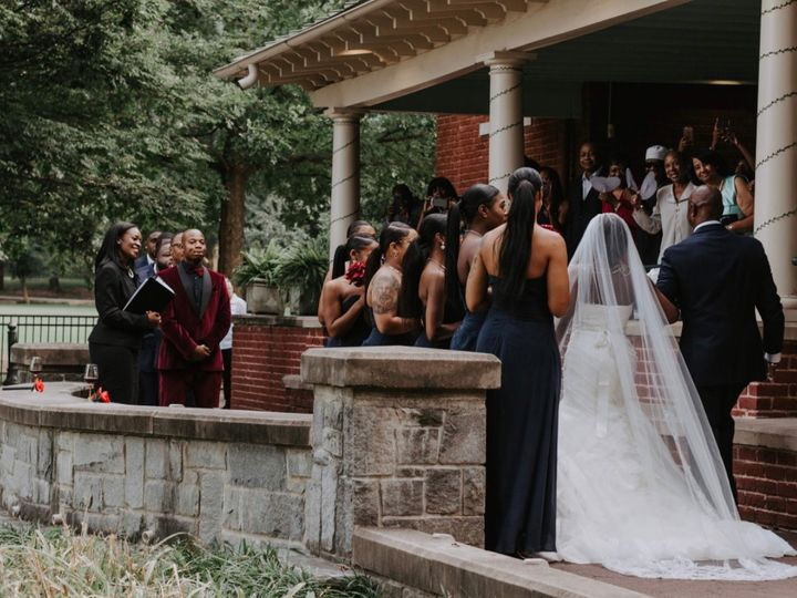 Tmx Img 8553 51 767325 1571340165 Riverdale wedding officiant