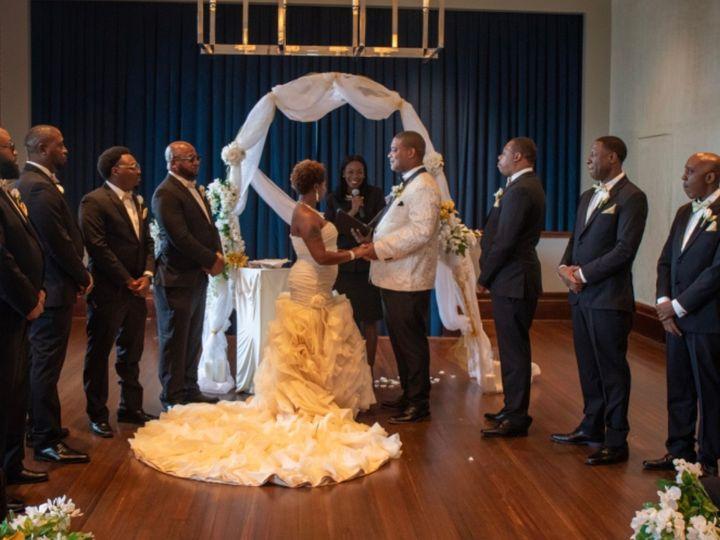 Tmx Img 8558 51 767325 1571340151 Riverdale wedding officiant