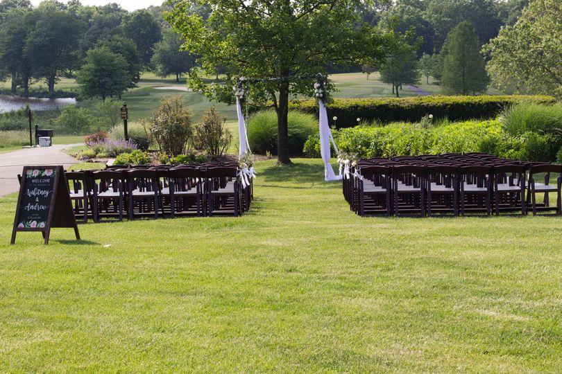 Garden wedding | Photo by Marirosa Photography