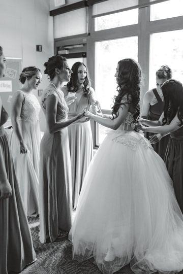 Bride gets dressed- LA Birdie