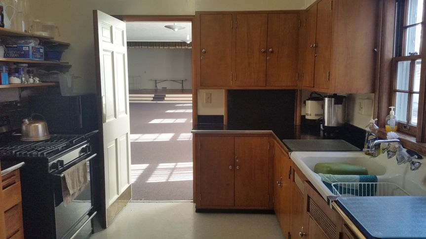 Kitchen to be used for food storage and reheating only (no preparation or cooking).