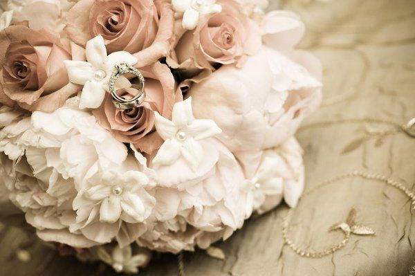 d9dda8536cc53577 1263927683969 bouquet