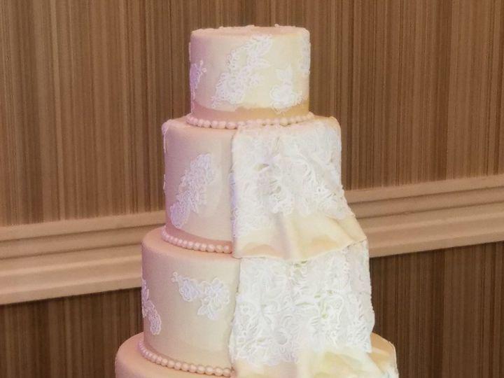 Tmx 1531717204 Eba547a001753d2e 1470684389015 20160517102344001 Raleigh wedding cake