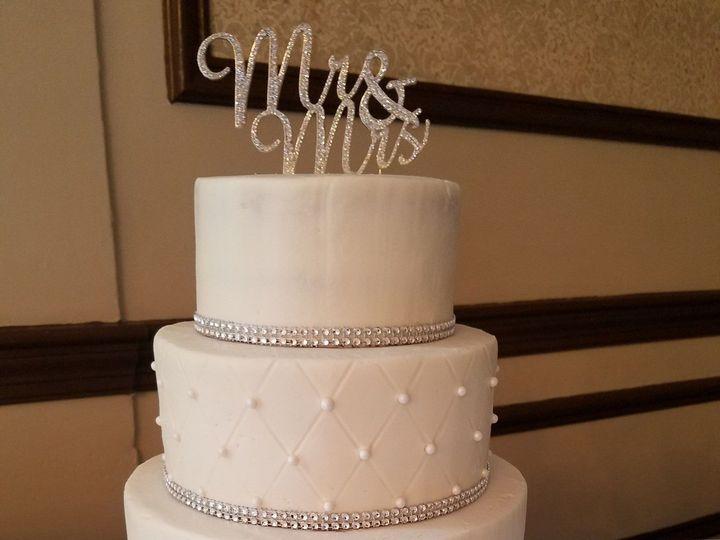 Tmx 1531717227 B2d7c6c7b27d1dfa 1470684549931 20160730143248 Raleigh wedding cake