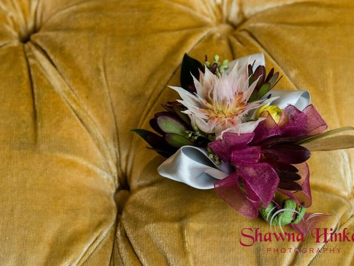 Tmx 1527797787 E775ccf32bf5d04d 1527797786 5ff58736508177a0 1527797774175 3 4n0aZ0fR564SEyNsk9 Bedford wedding florist