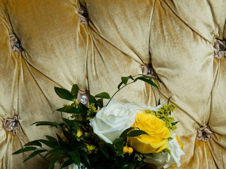 Tmx 1527798132 Cbd43d74a57f5228 1527798130 Bb8787c8057f6f97 1527798118314 3 XWFHYnNu5VuVmecTOY Bedford wedding florist