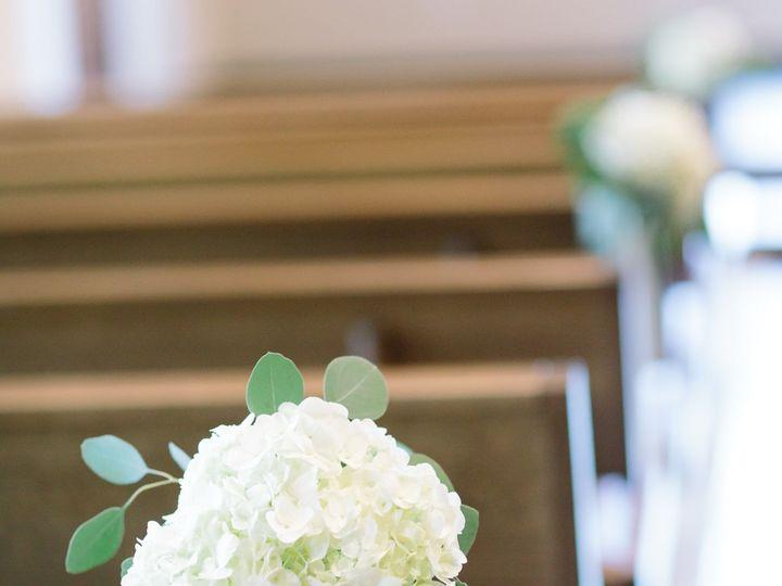 Tmx 1527800518 8b331808e735868d 1527800516 02e90d2efad2e509 1527800501910 7 SE5A6125 Bedford wedding florist
