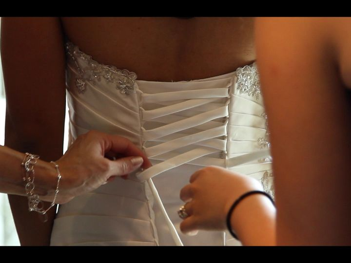 Tmx Joyce Tyler Wedding Mov 00 00 42 14 Still006 51 1967425 158749838753266 Seattle, WA wedding videography