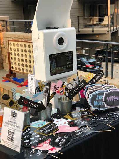 NEW Open Photo Booth & Props