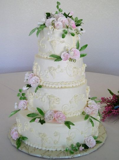 WeddingCakeP6230200