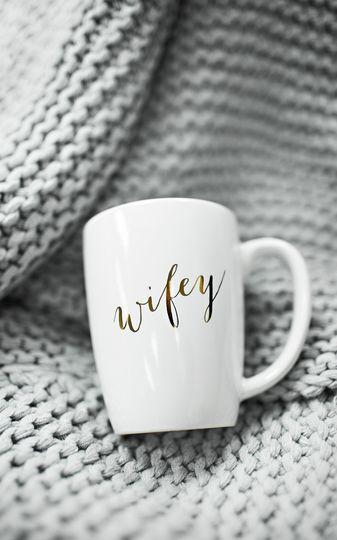 wifeymuggreybackgrounduse