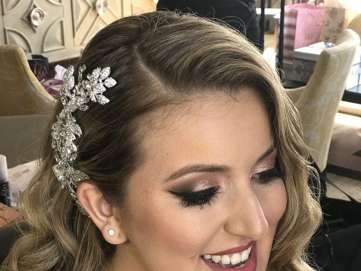 Tmx 1534462112 A88d9685377859cb 1534462104 6363b758279c6841 1534462099725 3 3B0B41C5 0538 437E San Diego wedding beauty