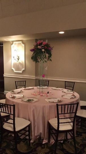 Pink table with raised centerpiece