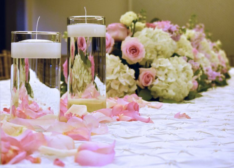 Floral table decor and candles