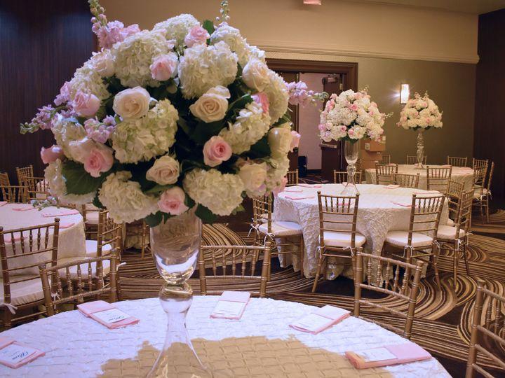 Tmx 1533135340 E26f9162c1bc9bdb 1533135336 38f37a1b7bf16576 1533135330779 11 DSC 0588 Clawson, MI wedding planner
