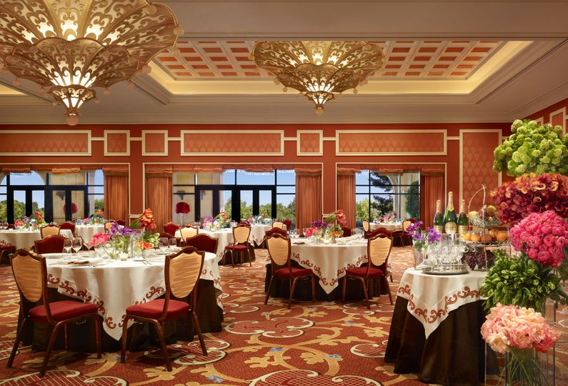 We can create your vision of floral and decor.