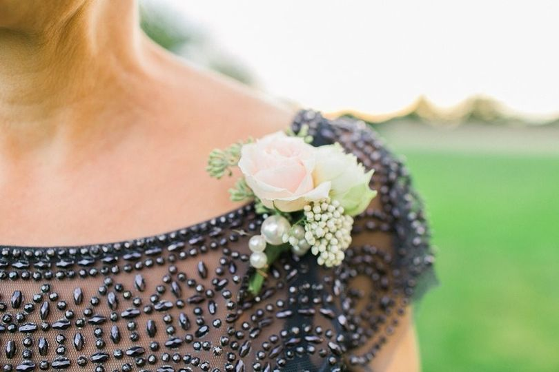 elegant corsage with pearl, romantic