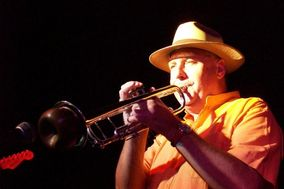 Chuck Fesperman Smooth Jazz Group