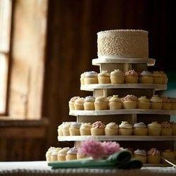 Tmx 1467743259810 Ls Malvern wedding cake