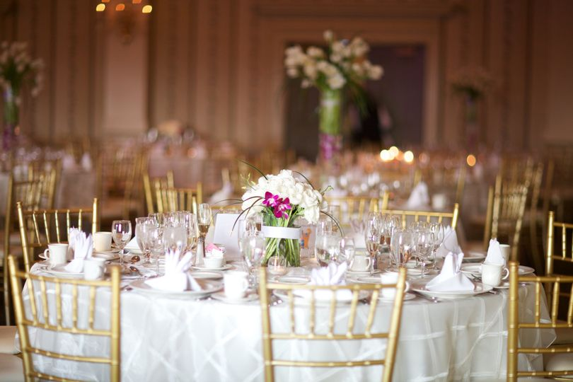 Gold Chiavari Chairs Included