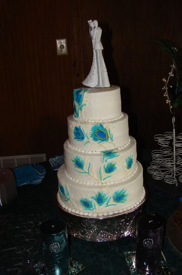 Blue accents on cake