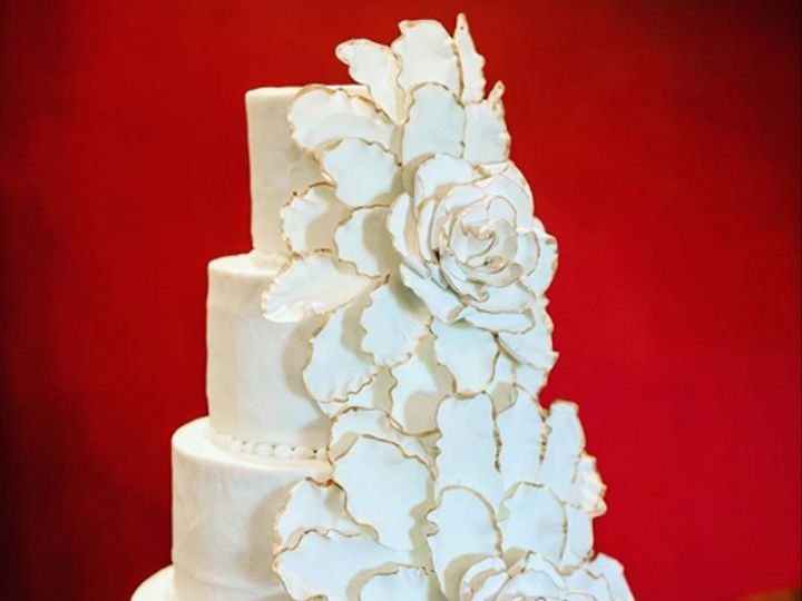 Tmx 2019 12 12 18 01 08 Penningtons Cakes Penningtonscakes Instagram Photos And Videos 51 50625 157619575594370 San Marcos, TX wedding cake