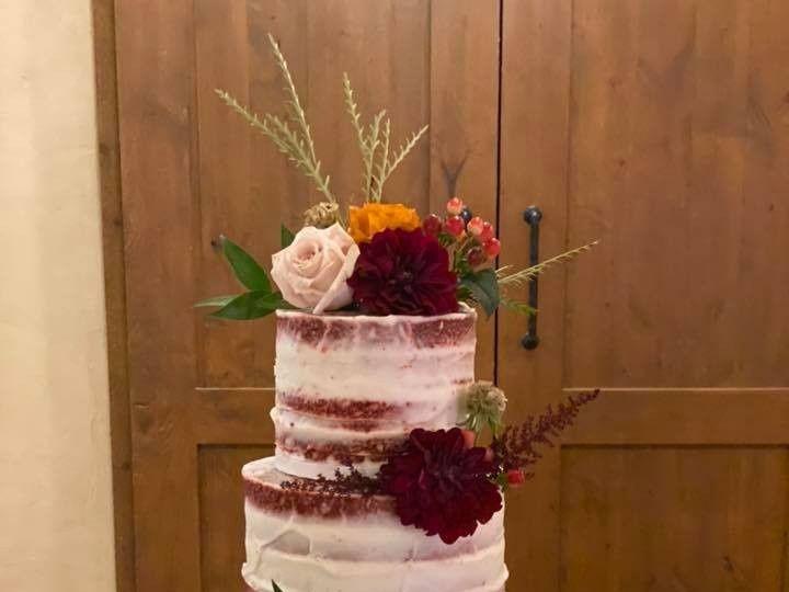 Tmx 75543698 2822562437773954 8899762005041217536 N 51 50625 157619580850353 San Marcos, TX wedding cake