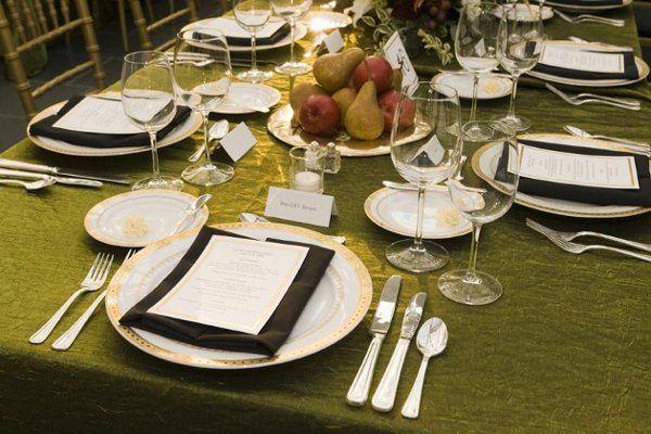 Gala dinner setting.