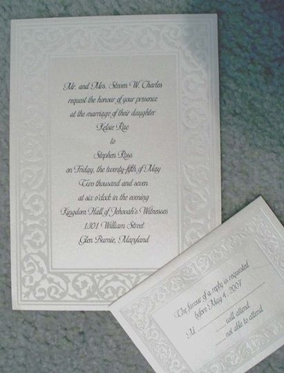 Stock invitation with pearlized edge
