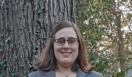 Jennifer Marie, Officiant 1