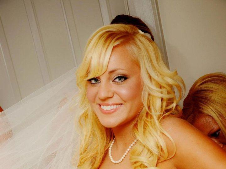 Tmx 1533655199 F6ce557330e19bbe 1533655198 3c9a95f098fa0ba3 1533655198215 4 1200x1200 13596674 Scarborough, Maine wedding beauty