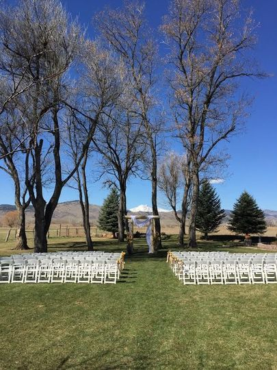 Ceremony setting
