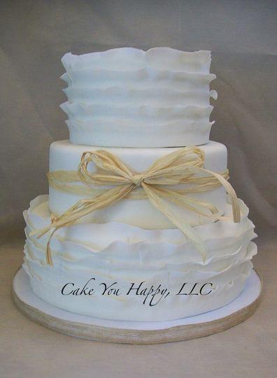 Basket ribbon on white cake