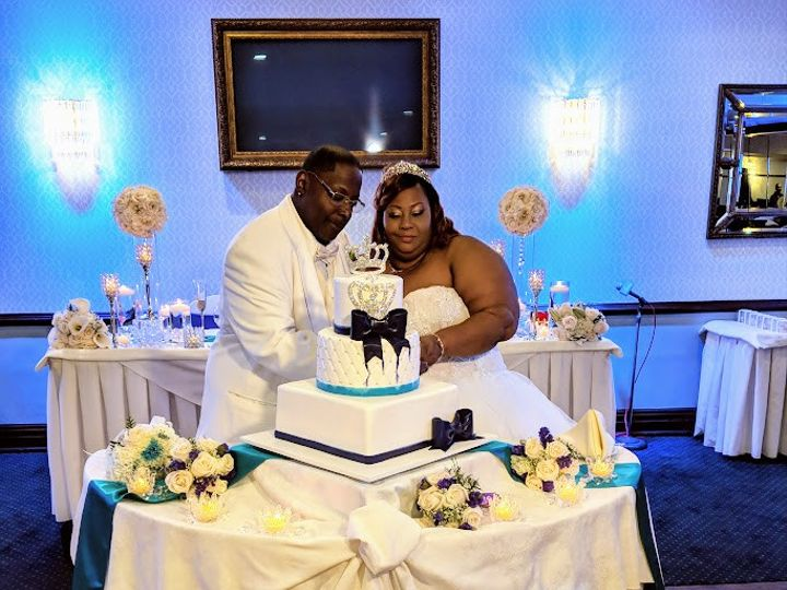 Tmx Rphg The Ellisons Cake Cutting 51 1900725 157571771089482 Brooklyn, NY wedding planner