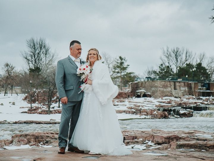 Tmx Weddingpro 2 51 1890725 159061718440879 Beaver Creek, MN wedding photography
