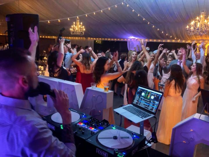 Direct Sounds DJ Entertainment