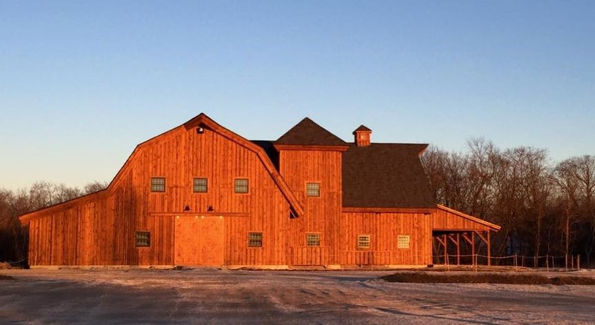 The Bloomfield Barn, a quiet country setting for your wedding day.  Indoor and outdoor ceremony...