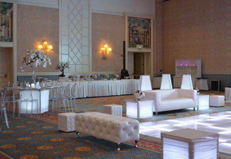 fenice events chair rentals event rentals orlando fl weddingwire
