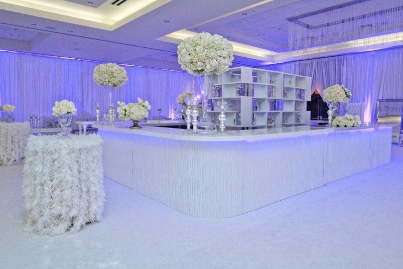Our Wave Bar is a perfect bar to rent for your wedding celebration!! | Just Bars