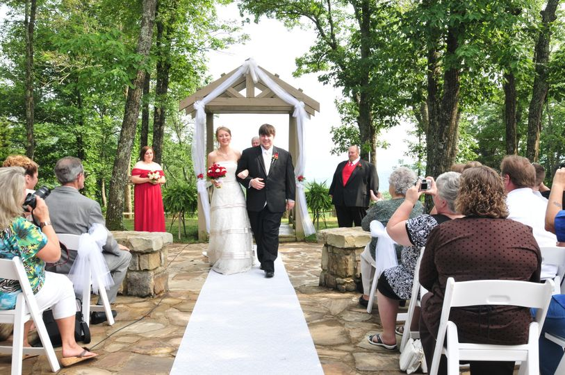 The Wedding Chapel on the Mountain Photos, Ceremony & Reception ...