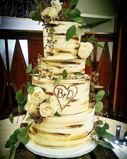 Wingate\'s Cake Design - Wedding Cake - Westport, MA - WeddingWire