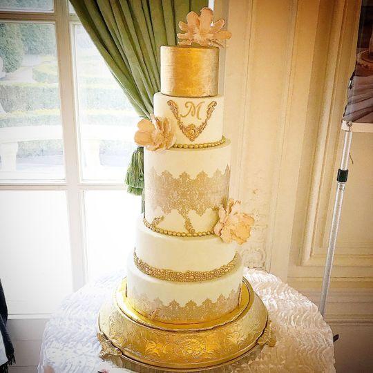 Wingate\'s Cake Design - Wedding Cake - Westport, MA - WeddingWire