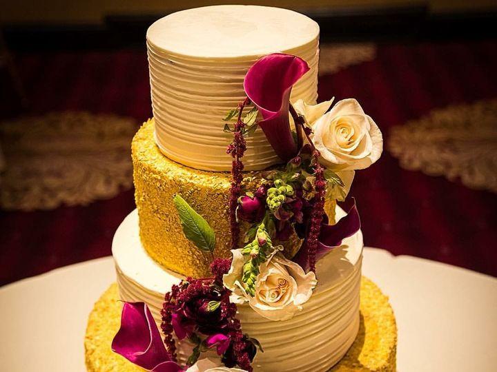 Tmx 1515680745 720265d321e4eea8 1515680744 1016118dc558ac43 1515680743481 4 IMG 1142 Westport, Rhode Island wedding cake
