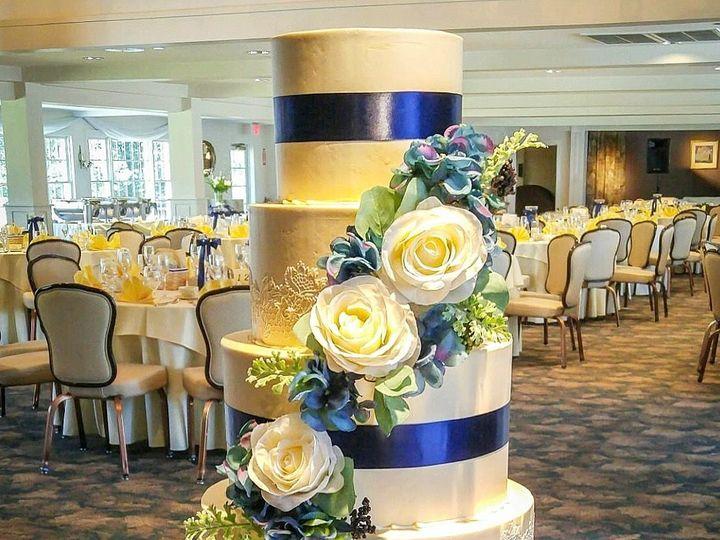 Tmx 1526386697 Dd89e854e4bc05e0 1526386693 7dbe2b1e2ed13b98 1526386664163 5 IMG 2374 Westport, Rhode Island wedding cake