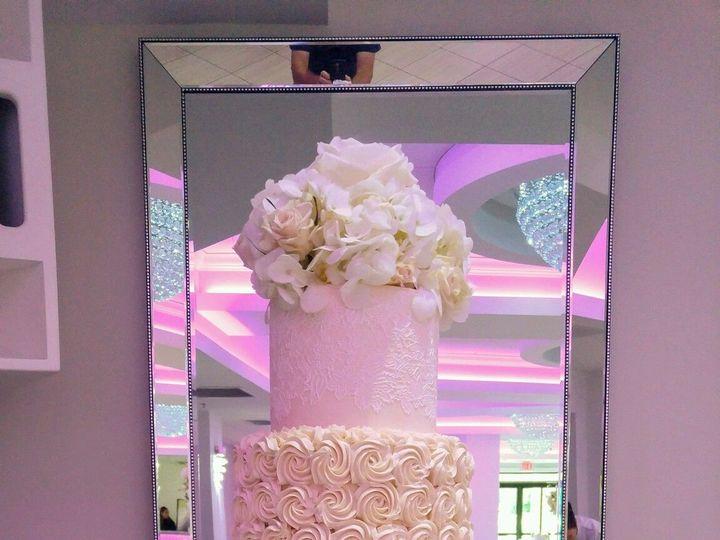 Tmx 1529934263 23de817c92d6dc21 1529934261 3e15c18ba41c7519 1529934245539 9 IMG 2954 Westport, Rhode Island wedding cake