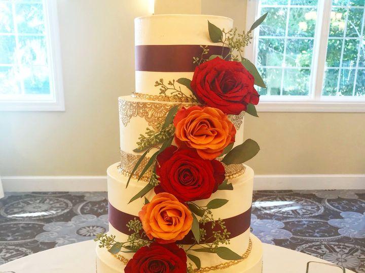Tmx Img 4763 51 915725 Westport, Rhode Island wedding cake