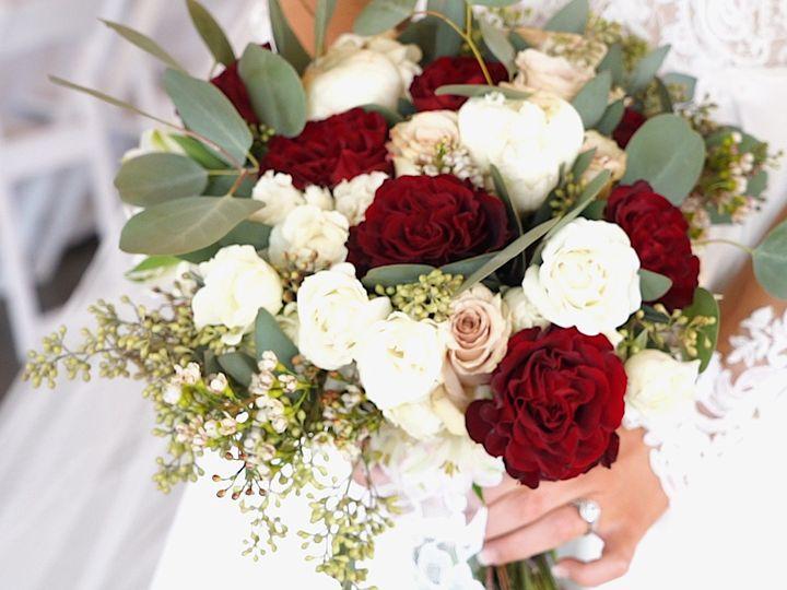 Tmx Bouqet Clip 0 51 1335725 1568142128 Clinton, MS wedding videography